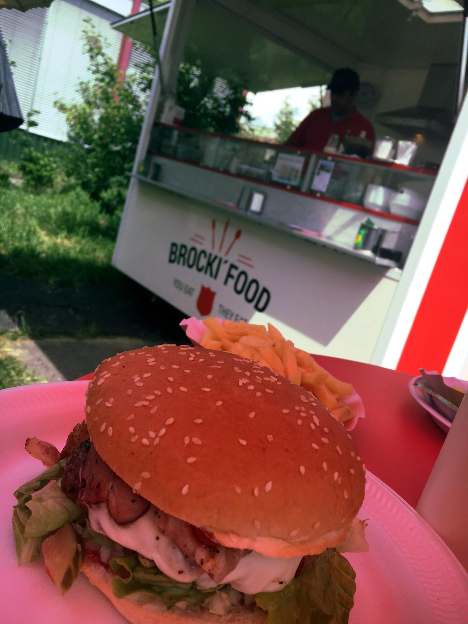 Le Brocki'Food en action à la filiale brocki.ch Genève Le Lignon.