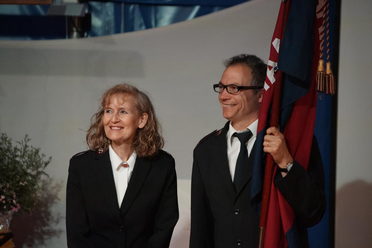 Die Majore Katharina und Peter Hauri leiten die Heilsarmee Aargau Süd.