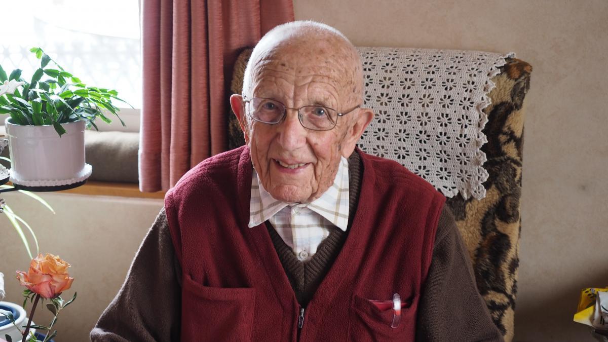 Emil Ramsauer aura 100 ans. / Emil Raumsauer feiert seinen 100. Geburtstag.