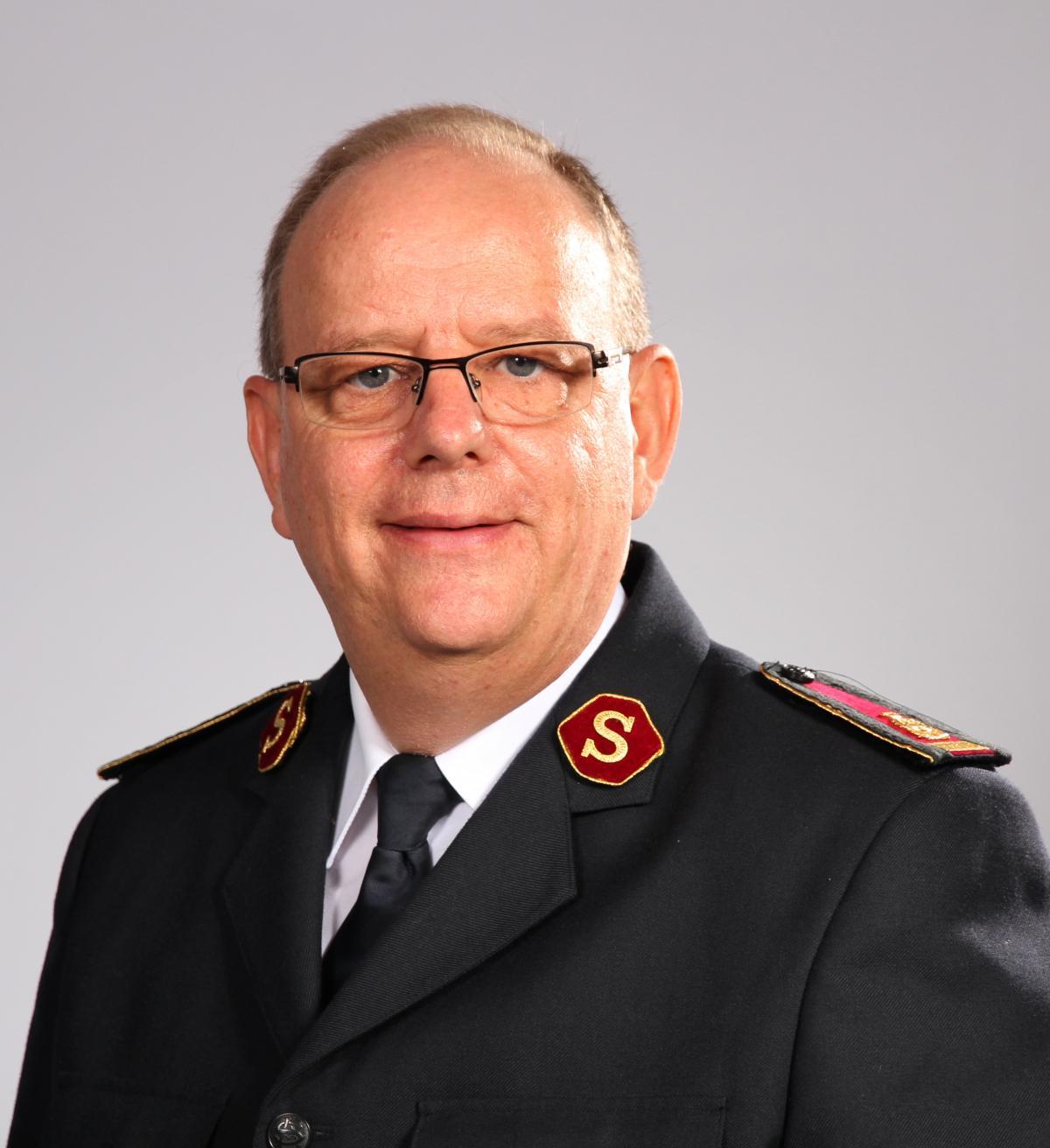 General André Cox, Leiter der Internationalen Heilsarmee, ruft uns zu Gebet und Spende für Texas auf.