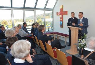 Samedi 22 octobre, la journée porte ouverte du Centre de formation de l'Armée du Salut à Bienne était aussi le jour choisi pour l'inauguration officielle de ce nouveau Centre. 150 visiteurs étaient présents.