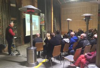 Am 10. November 2016 stellen die Verantwortlichen des Heilsarmee Leuchtturms Huttwil 40 geladenen Gästen die Neuerungen im Entsorgungshof vor.