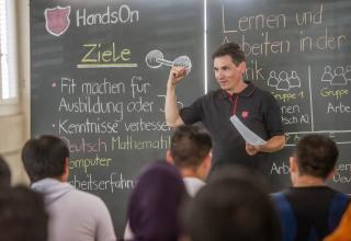 Beruf und Sprache lernen: So ermöglicht die Heilsarmee Flüchtlingen die Integration und den Start in ein neues Leben.