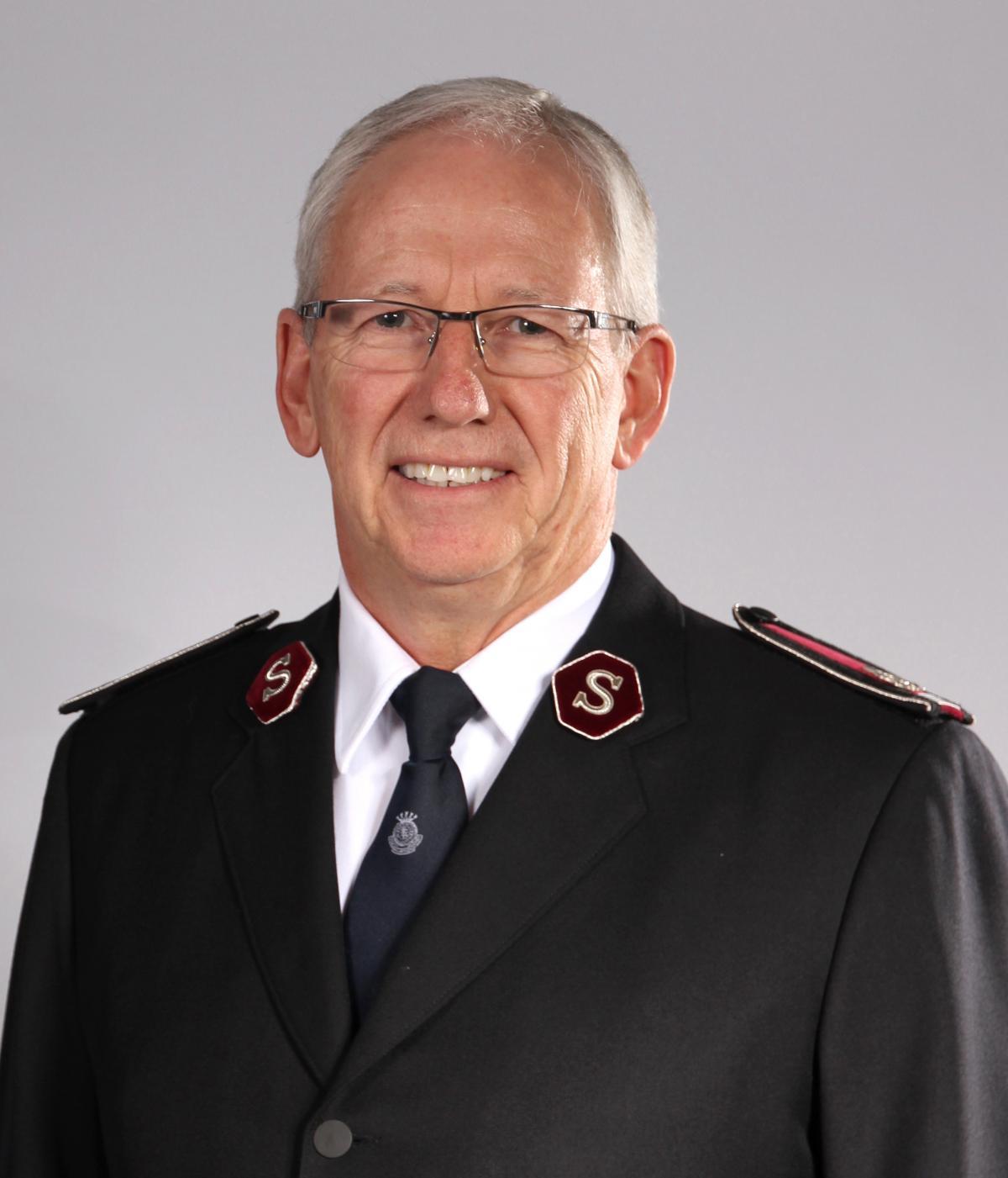 Kommissär Brian Peddle, Stabchef, Internationales Hauptquartier / Commissaire Brian Peddle, Chef d'État-major, Quartier Général international