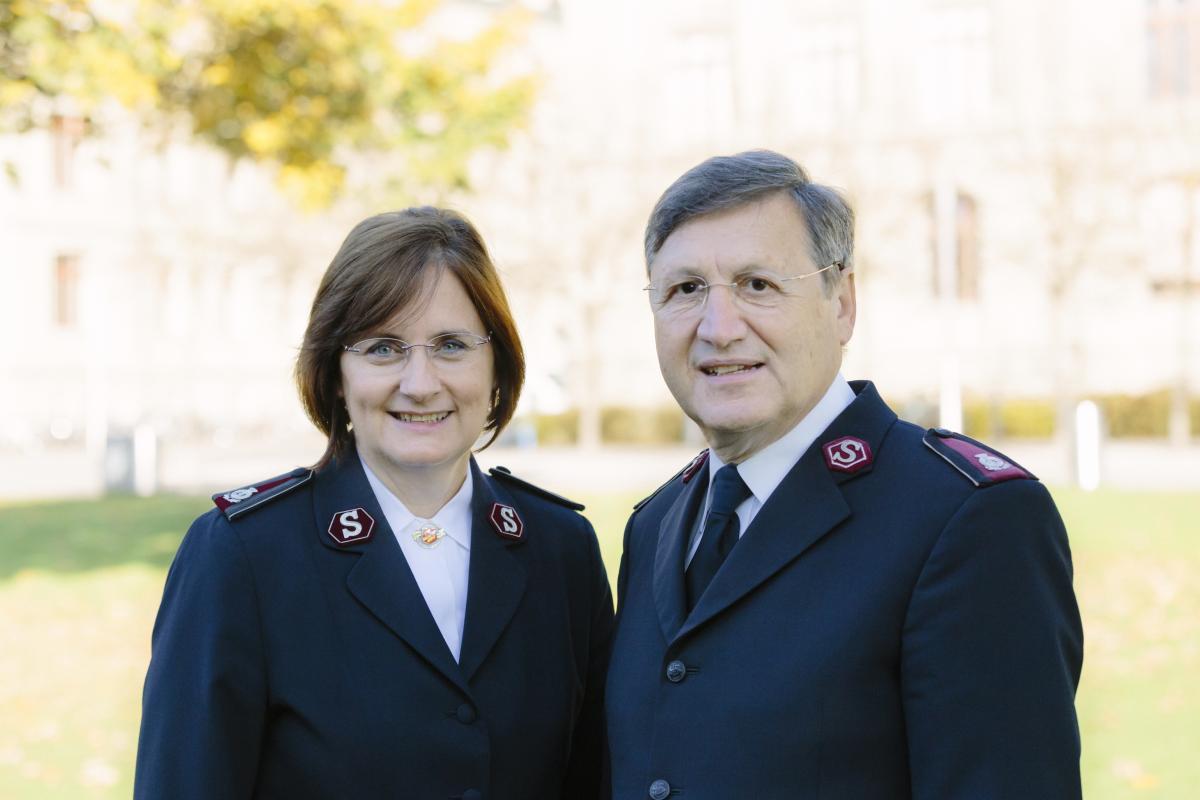 Die Kommissäre Jane und Massimo Paone / Les commissaires Jane et Massimo Paone