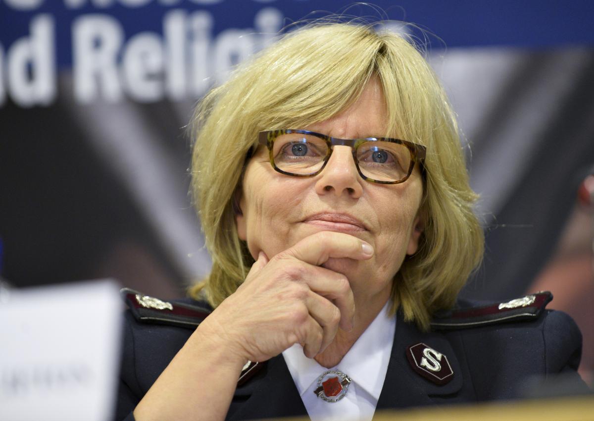 Kommissärin Birgitt Brekke-Clifton, Internationale Sekretärin für Programme. / Commissaire Birgitte Brekke-Clifton, Secrétaire internationale Programme et Ressources