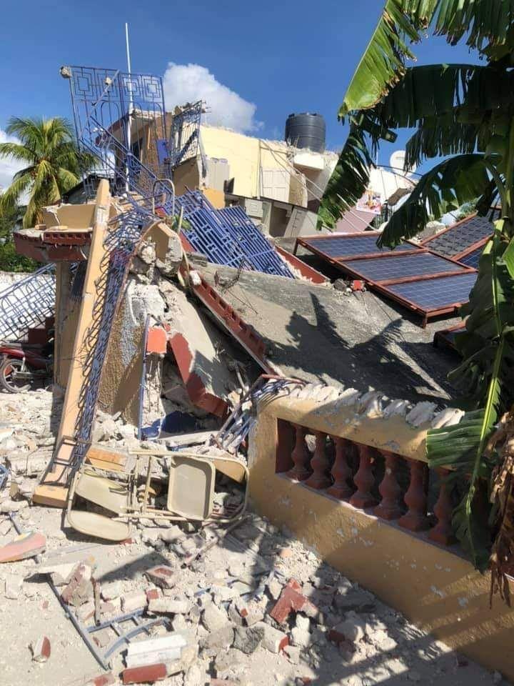 Le tremblement de terre d'une magnitude de 7,2 a fait des ravages dans le sud d'Haïti.