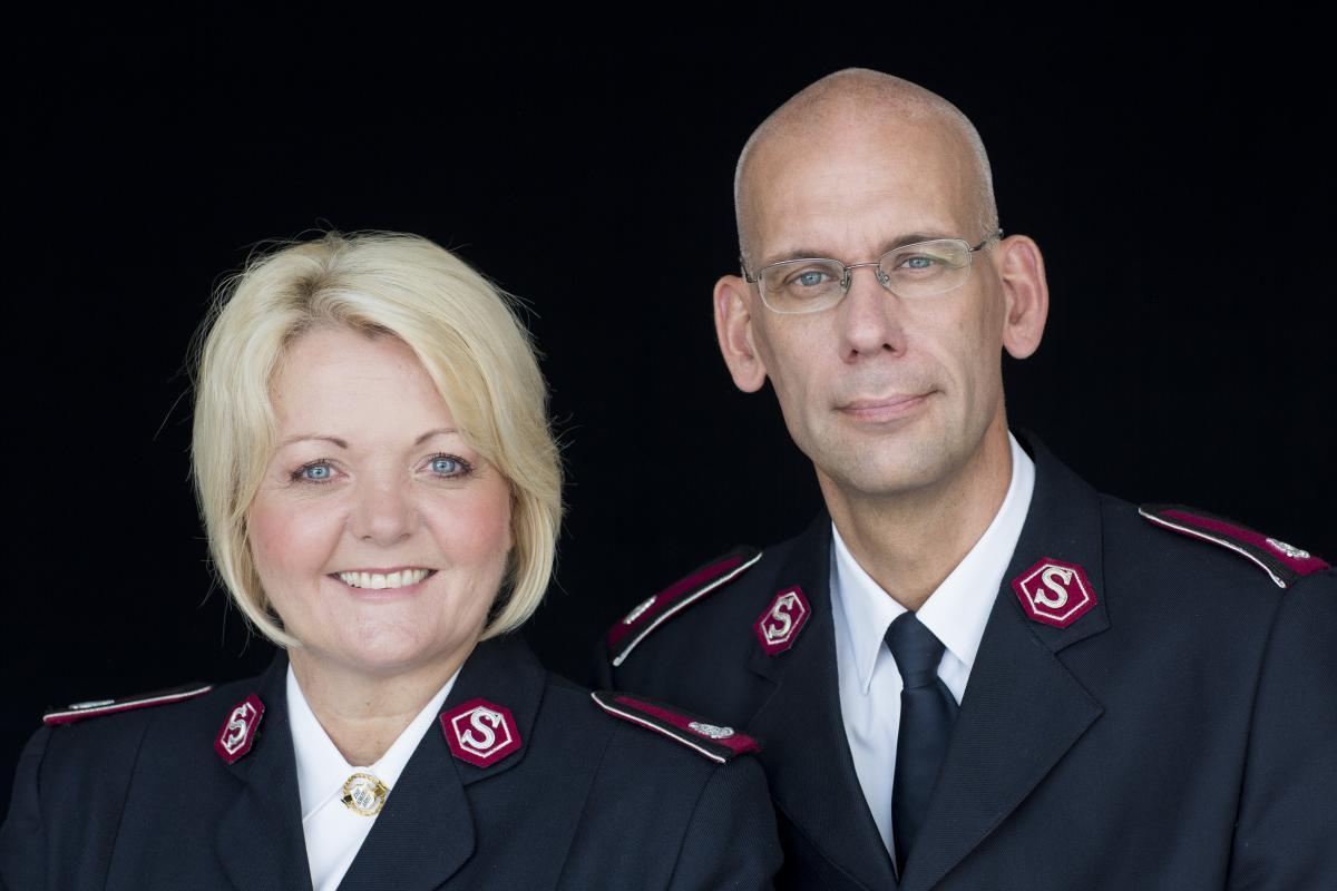 Oberste Lisbeth und Henrik Andersen