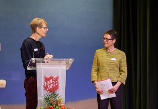 Roger Berger, Institutionsleiter Wohnen und Begleiten Zürich, und Jolanda Lötscher, Geschäftsführerin INSOS Zürich