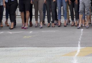 Am 2. Juni laufen Frauen in Stilettos in Bern gegen den Menschenhandel.