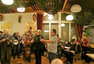 Die Advent-Jamsession erzielte eine Rekordsammlung für die Heilsarmee.