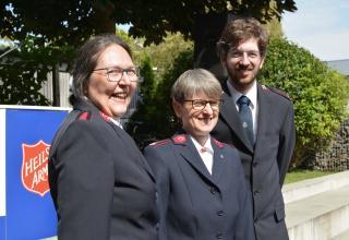 Majore Marianne Meinertz, Rita Leber und André Bohni, Korps Wien (Kirchliche Arbeit)