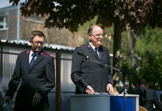 General André Cox (r.) mit Übersetzer Major Martin Gossauer / Le Général André Cox (à d.) avec son traducteur, le major Martin Gossauer