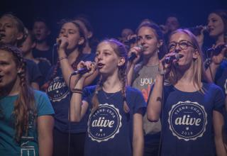 Born to Praise: CD-Release der alive-teens am 25. Mai 2017