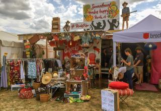 À Paléo, brocki.ch fournit tout ce qu'il faut pour réussir son festival.