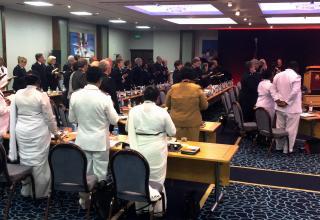 Eindrücke vom High Council und dem Gebetsraum.